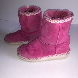 Girls Uggs Uggs Uggs Uggs oh and did I mention Uggs